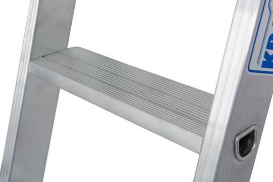 Приставная лестница. Высокопрочное развальцованное соединение ступеней с боковинами стремянки