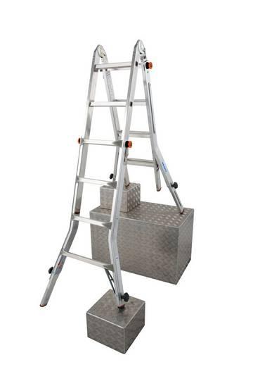 Простая в использовании, регулируемая по высоте лестница, может устанавливаться на ступенях, использоваться в виде приставной лестницы или стремянки, а так же в качестве рабочей платформы (в сочетании с помостом TeleBoard). Имеет четыре телескопических удлинителя боковин для регулировки высоты.