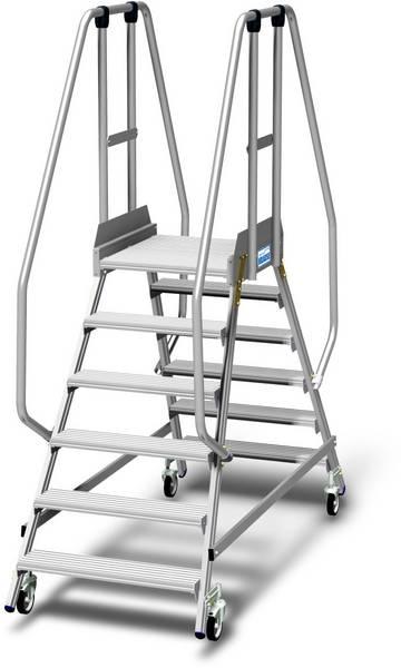 Двухсторонние передвижные алюминиевые лестницы с платформой. Широкие ступени, трехстороннее ограждение высотой 1,10 м, плинтус высотой 15 см и большая платформа для удобства и безопасности при работе.