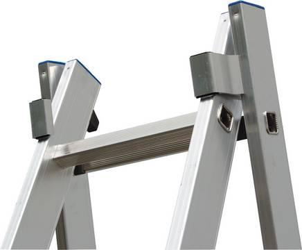 Двухсекционная универсальная лестница. Алюминиевые направляющие обеспечивают высокую стабильность