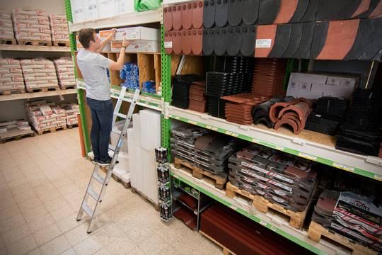 Пример использования Приставная лестница со ступенями, одна секция