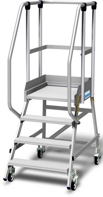 Односторонние передвижные алюминиевые лестницы с платформой. Широкие ступени, трехстороннее ограждение высотой 1,10 м, плинтус высотой 15 см и большая платформа для удобства и безопасности при работе.