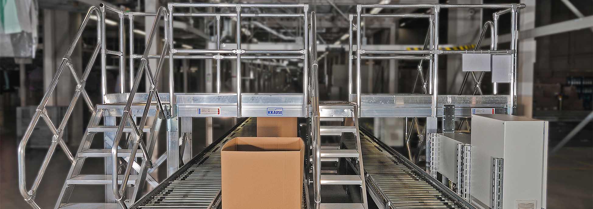 Специальная конструкция для индустрии и производства. Пример: переход через конвейерную ленту